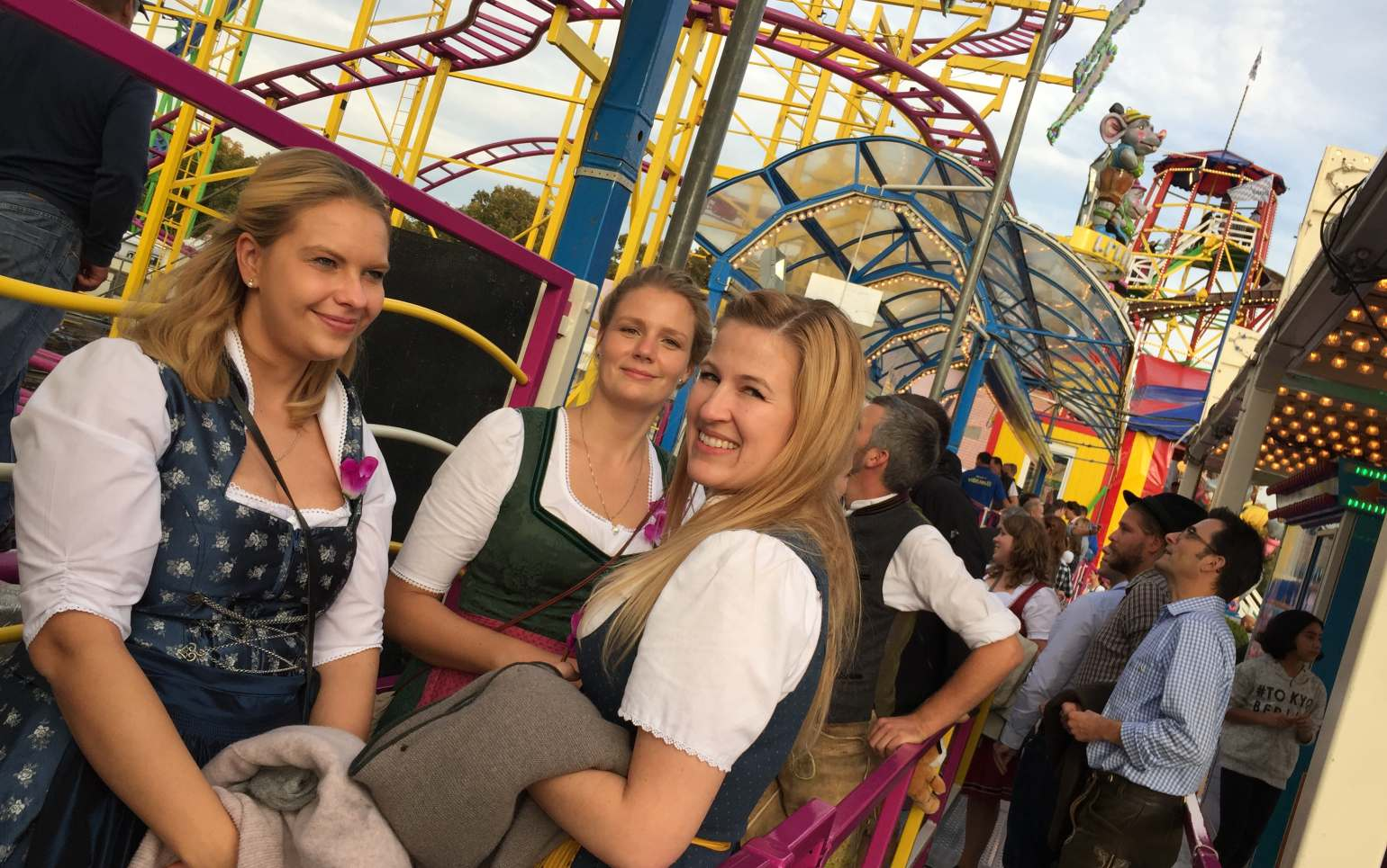 fritsch-tschaidse_architekten_Wiesn_05